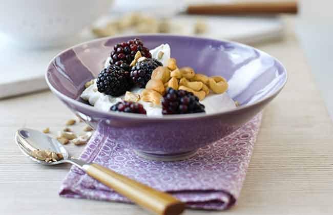 Het 5:2 Dieet Vastendieet Recepten Ontbijt Yoghurt Bramen