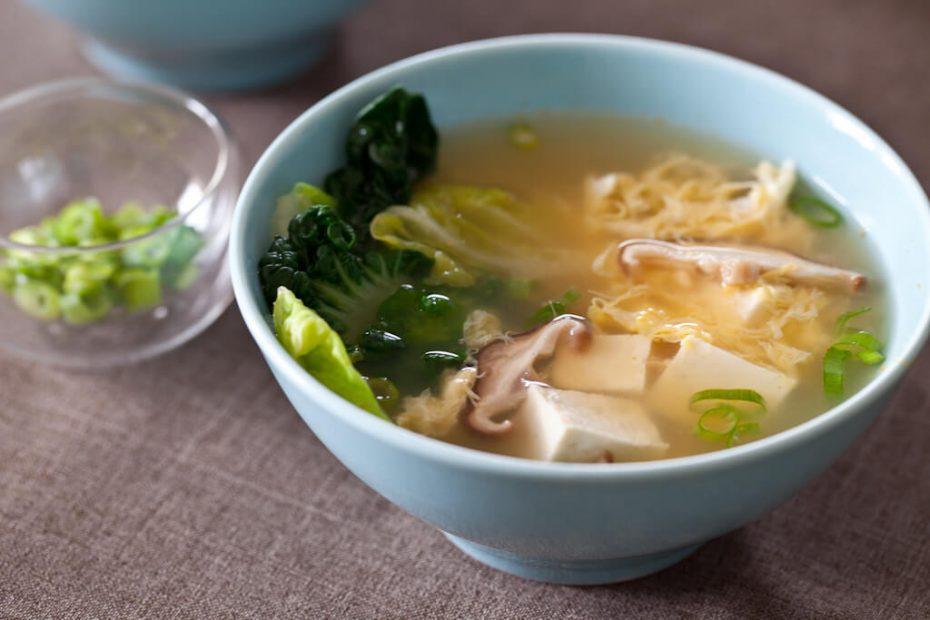 Misosoep met shiitakes en groentes
