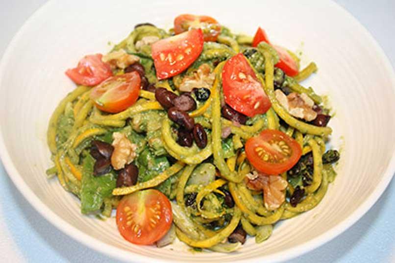 Caloriearme Courgette Pasta Spinazie Pesto Salade - 230 calorieën 1